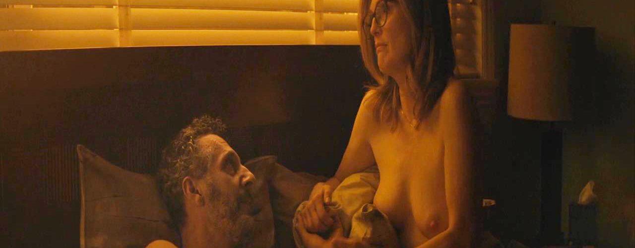 Elizabeth Bell  nackt